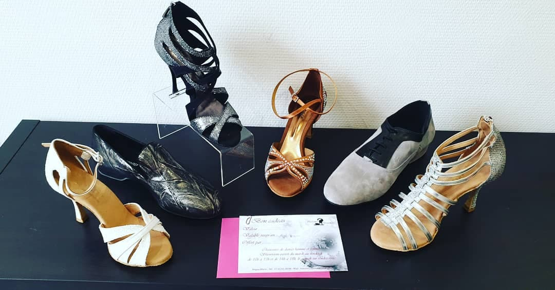 HISTOIRE 2 DANSES                                     chaussures de danses et de mariage personnalisables